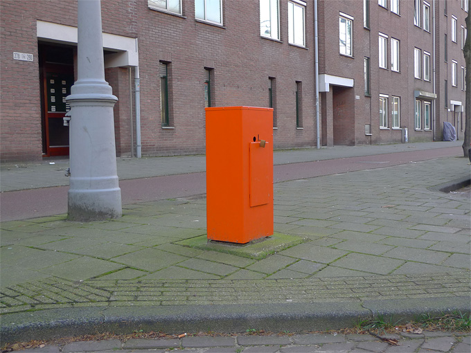 ctrlaltdel-intervention-orange-amsterdam-parking-meter-remains-019-art-peterluining